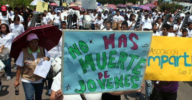 Honduras: marchan por un alto a la violencia
