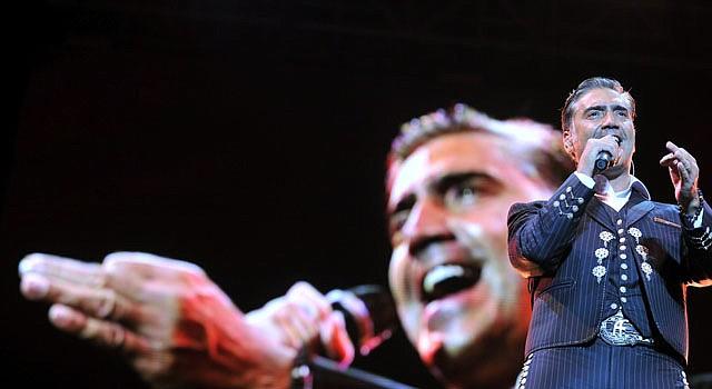 El cantante mexicano Alejandro Fernández.