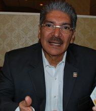 """EXCLUSIVA. El actual alcalde de San Salvador, Norman Quijano, dijo que si gana """"estimularía la economía del país que ahora enfrenta la peor crisis""""."""