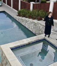 En el verano muchos se deciden a instalar una piscina en casa. Pero hay que saber cuál es la que conviene.