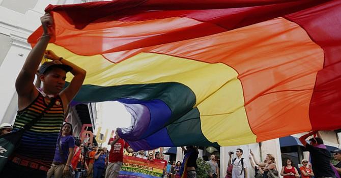 Estudio refleja que la legalización del matrimonio igualitario está relacionado con disminución de intento de suicidio en jóvenes