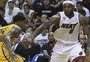 """LeBron """"King"""" James  del Miami Heat en acción ante los Indiana Pacers durante el séptimo juego de las semifinales de la NBA."""