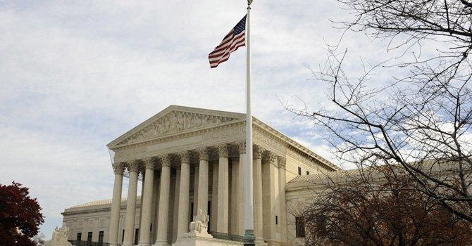 Corte Suprema revoca ley que exige ciudadanía para votar