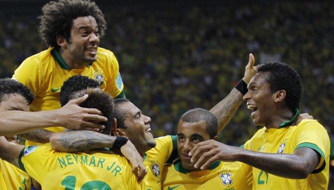 Brasil e Italia buscan evitar a España