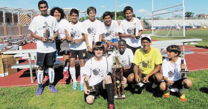 Fútbol, puente social en Virginia