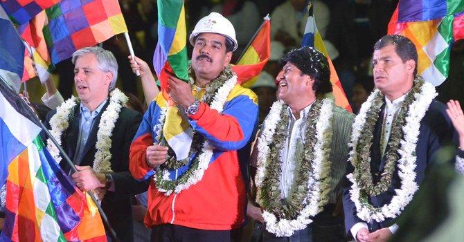 Morales, Correa y Maduro: reunión en Cochabamba