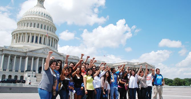 Reforma: presión en Virginia y DC