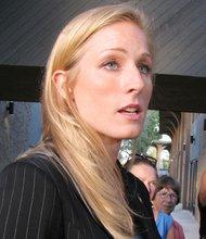 Laura Fink, una de las mujeres que han evidenciado la conducta del Alcalde.