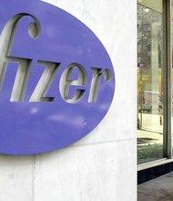 Pfizer anunció que logró multiplicar su beneficio neto en el primer semestre del año, hasta 16.845 millones de dólares, gracias a la venta de activos. EFE/Archivo.