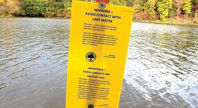PELIGRO. Prohibido meterse al agua en el Lake Frank, en Maryland.