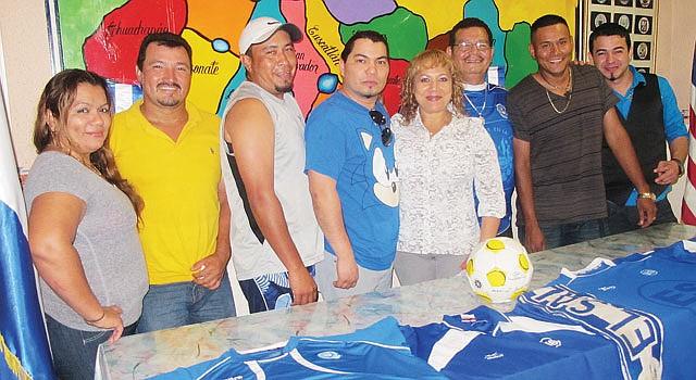 Los aficionados a La Selecta en Arlington, VA, han manifestado su pesar por las acciones de sus compatriotas en el equipo nacional.