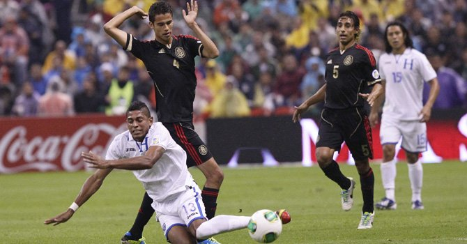 Honduras propina histórica derrota a México