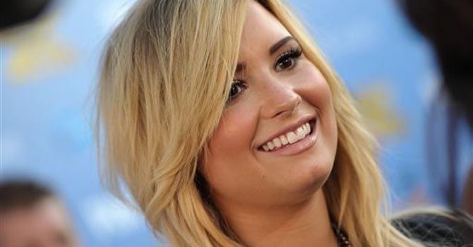 Demi Lovato ahora será escritora