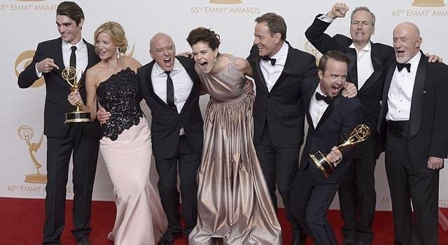 """El elenco de """"Breaking Bad"""" celebra en Los Angeles."""