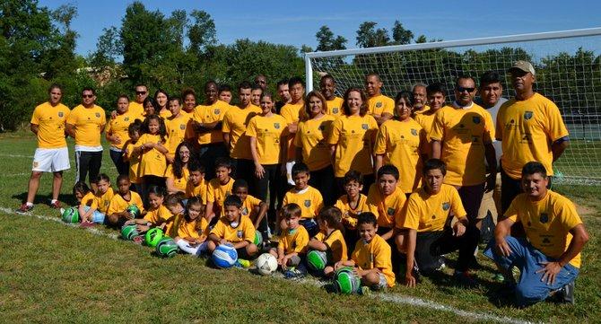 MD: Luciano Emilio abre escuela de fútbol