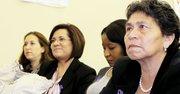 FUERZA. De izq a der., las cónsules Rocío Vázquez Álvarez, de México; Janina Smith, de Ecuador; Lidia Mosquera, de Colombia y la madre de Andrea Crew, Rosa Pineda, el martes 22 en un evento de The Family Place en DC.