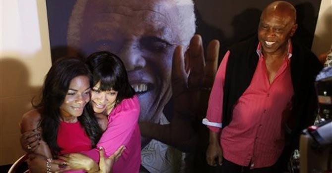 Estrenan película sobre Nelson Mandela