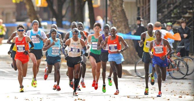 Kenianos arrasan en el Maratón de Nueva York