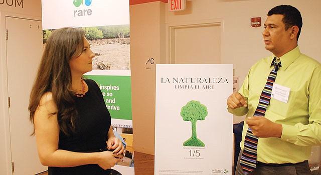 Carlos A. Duarte, del Fondo  de Desarrollo Ecológico, y Geraldine Henrich-Koenis, de Nature Conservacy.