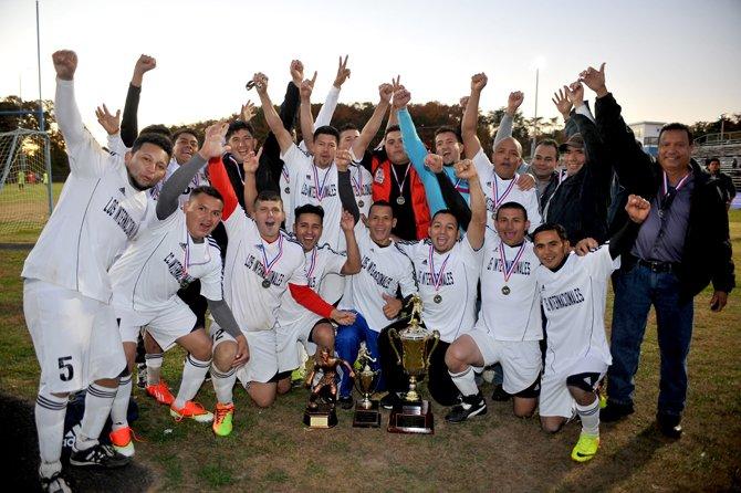 CAMPEONES. El equipo Junior San Andrés ganó el título en la Liga Internacional de Maryland al derrotar a La Rumba FC el domingo 3.
