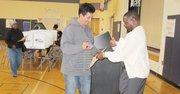 DECIDIDO. Salvador Zavala luego de depositar su voto en la escuela primaria Samuel W. Tucker, de Alexandria, Virginia, el martes 5.