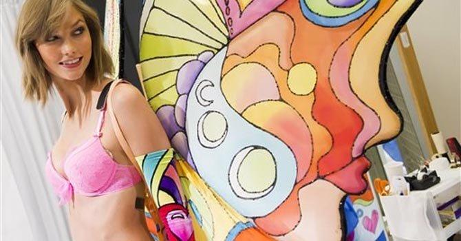 Taylor Swift en la pasarela de Victoria's Secret