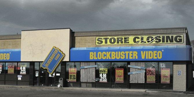 Cierran últimas tiendas de Blockbuster, oficialmente acaba la era del video rentado