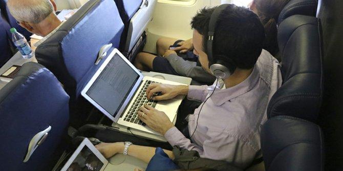 Después de la aprobación de la FAA, Delta, JetBlue y American permiten uso de gadgets inmediatamente