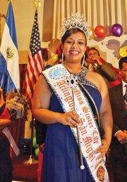 MISS. Elizabeth Fonseca representará al área en el carnaval de San Miguel.