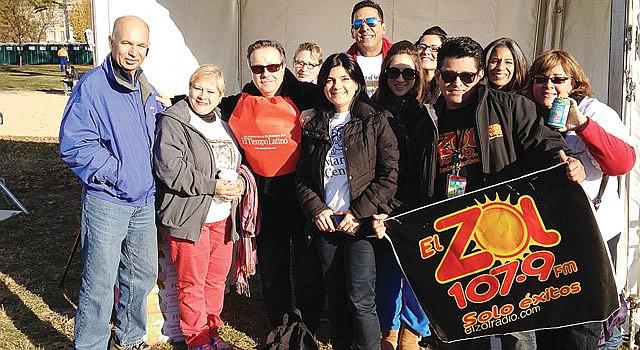 EQUIPO. El Zol, El Tiempo Latino, EMD Sales, Mary's Center, Centro Latinoamericano de la Juventud y Esperanza Center dijeron presente el 9 en el Mall.