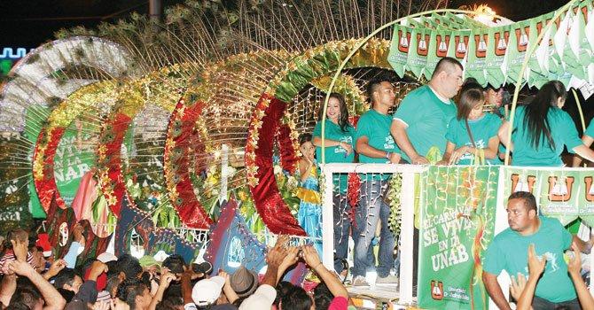 Una fiesta de orgullo salvadoreño