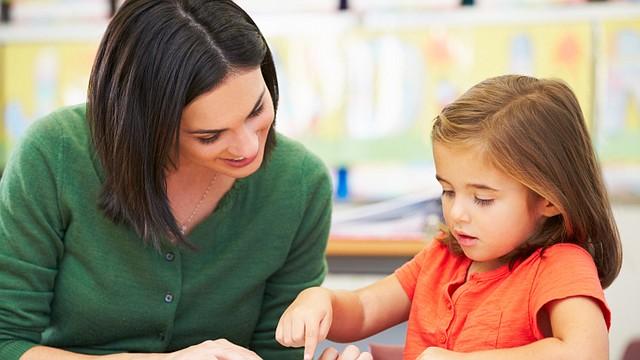 Dale a tus hijos el regalo del bilingüismo