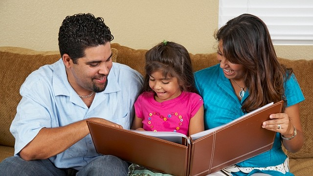 Excelentes maneras de mantener viva tu herencia latina