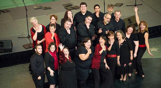 DC. Coral Cantigas fue fundado hace 23 años por Diana Sáez (centro).