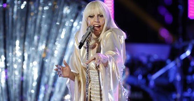 """Lady Gaga en el final de """"The Voice"""""""