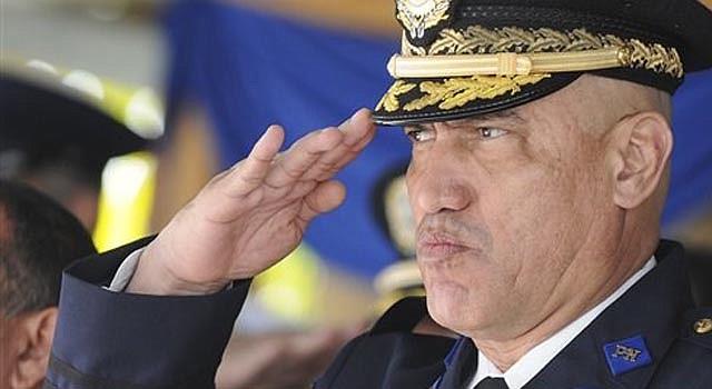 """Fotografía de archivo del 21 de diciembre de 2012 del jefe de la policía de Honduras, el general Juan Carlos """"El Tigre"""" Bonilla, durante un acto público en Tegucigalpa, Honduras."""
