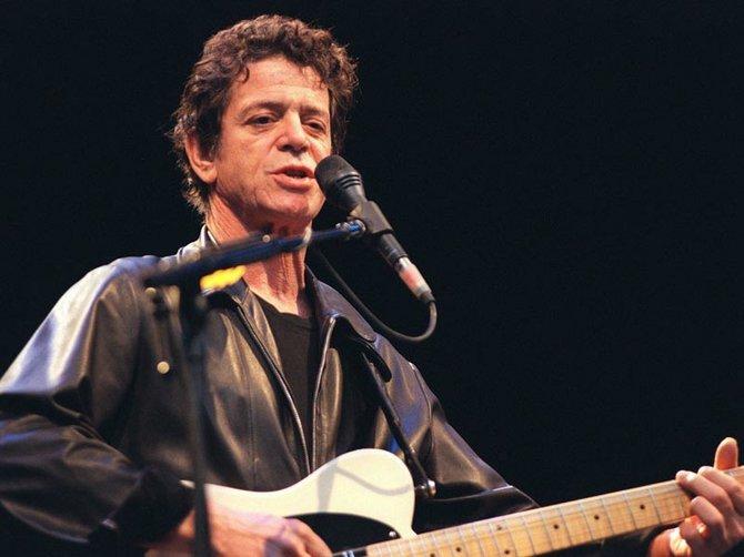 El músico, cantante y compositor Lou Reed, símbolo del arte underground, murió a los 71 años el 27 de octubre, a causa de un mal hepático que lo acosaba desde hacía años.