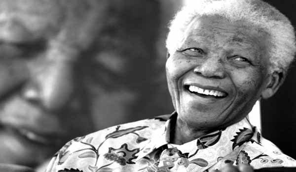 El mundo todavía llora la muerte de Nelson Mandela, quien falleció el 5 de diciembre a los 95 años. Fue líder contra el apartheid en Sudáfrica, premio Nobel de la Paz y hombre que unió al mundo.