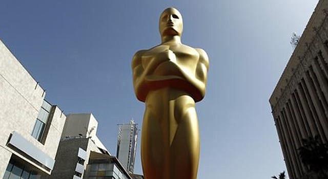 Una estatua del Oscar en Los Angeles.