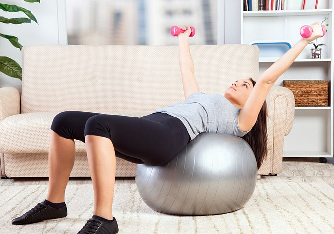 La máxima rutina de ejercicios para hacer en casa este invierno