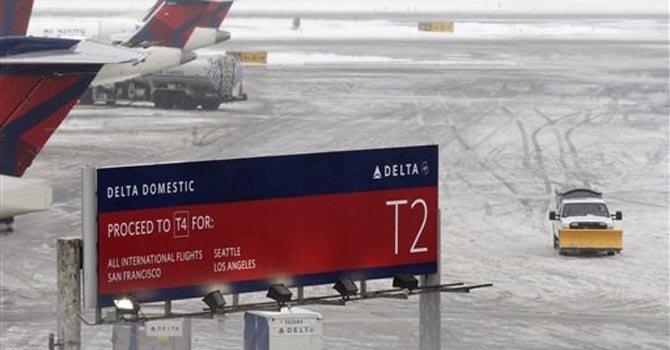 Avión se patina en pista de Nueva York