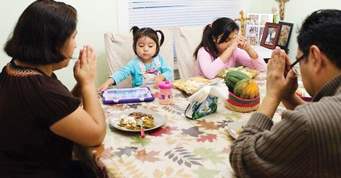 JUNTOS. La familia Lázaro sufrió el impacto del cierre federal en 2013.