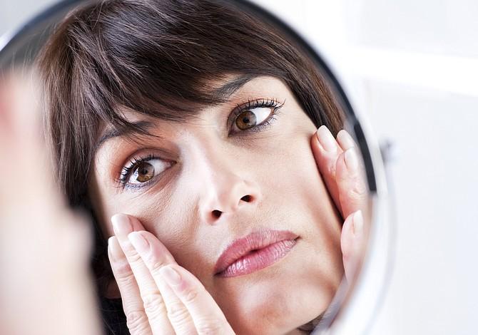 Tips para eliminar las ojeras y verte como si en realidad hubieras dormido