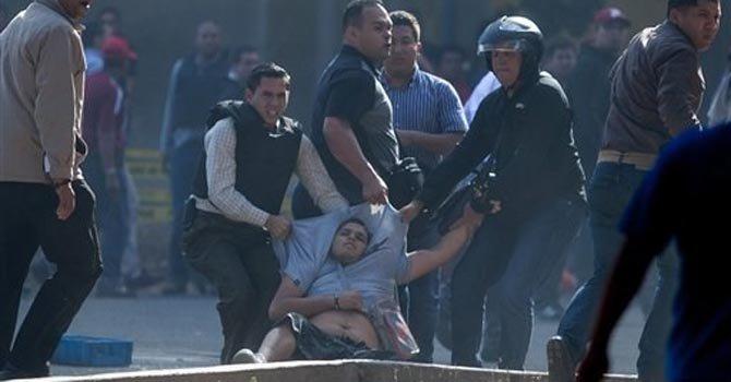 Tres muertos en protestas en Caracas