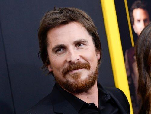 "Christian Bale, nominado como Mejor Actor por ""American Hustle""."