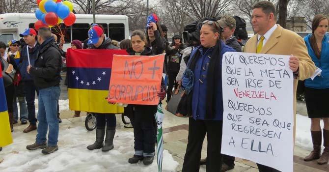 Venezolanos protestan ante la OEA en DC