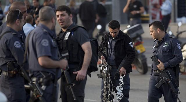 Policías en el centro penitenciario Rimonim al norte de Tel Aviv, el 23 de febrero luego de la muerte de Samuel Shenbein, el reo estadounidense que cumplía desde 1997 una sentencia de 24 añoss
