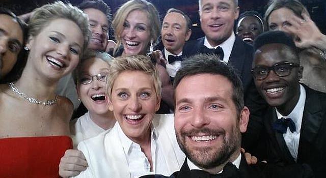La foto espontánea tomada por Bradley Cooper tuvo más de un millón de reenvíos.