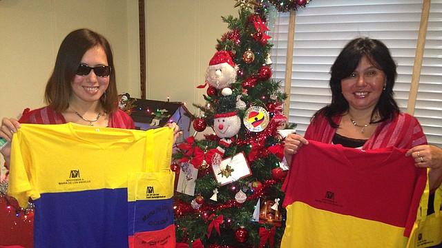 María de los Ángeles y su mamá Liliana Quintana, esperan apoyo el sábado 8 de marzo.
