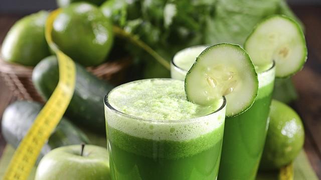 Bebida verde para el día de San Patricio